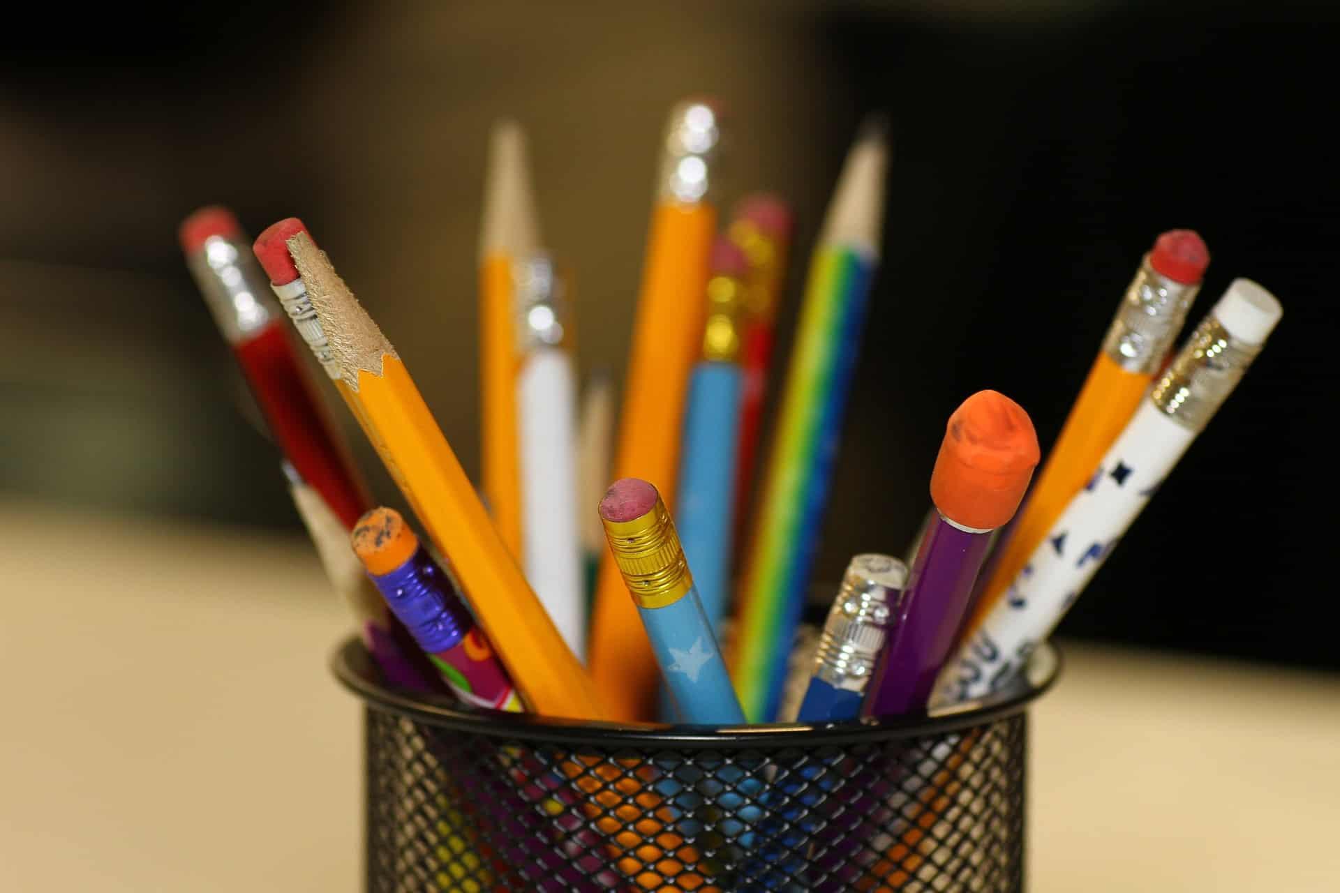 3 astuces pour trouver toutes ses fournitures scolaires facilement for Fournitures scolaires en ligne