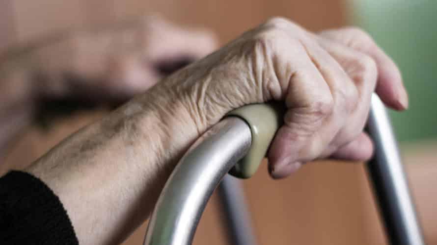 Une pensionnaire de maison de retraite